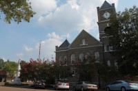 Photo by Jodi Skipper of Sumner County Courthouse.